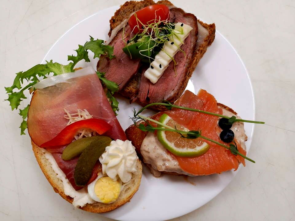 Maksaméta előtt és a szünetben fogyasztható szendvics