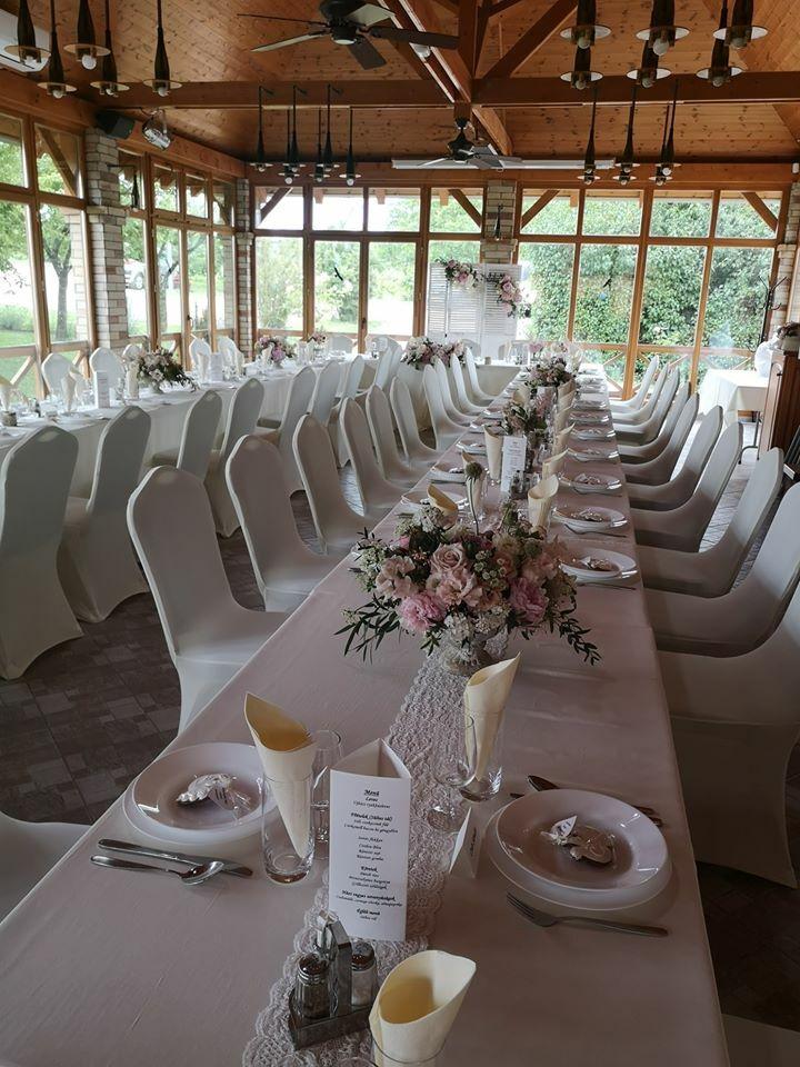 Esküvői dekoráció a KultPincében