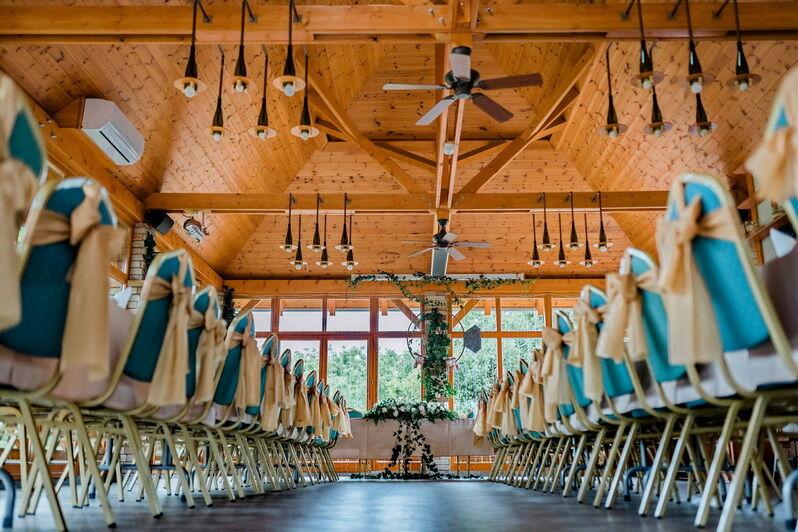 Mimi és Peti esküvője a KultPincében