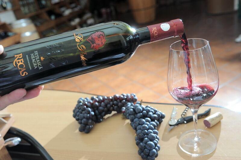 Recas borok kóstolója a KultPincében