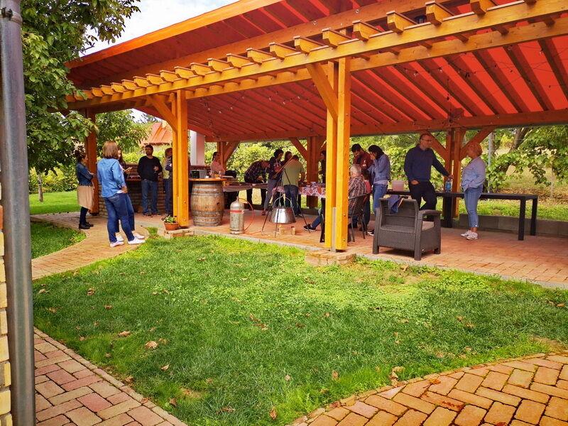 rendezvényhelyszín, cspatépítő  helyszín, közös főzés